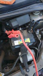 トヨタパッソのバッテリー上がり救援